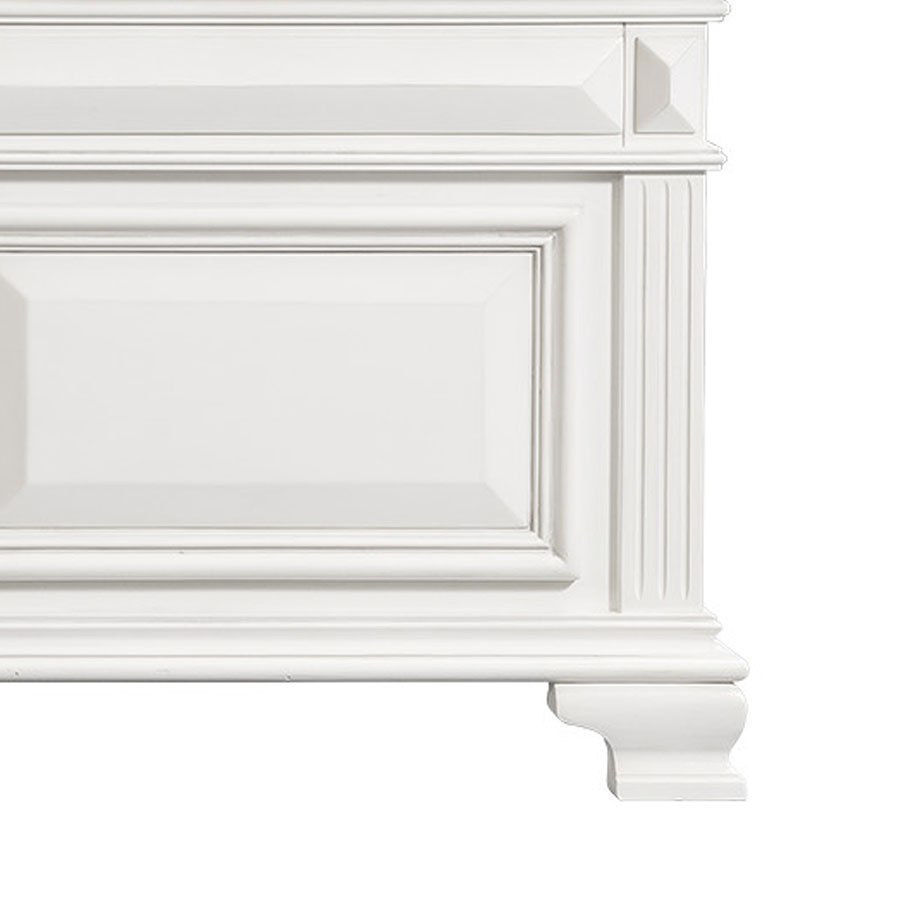 Picture of CALLOWAY QUEEN BED - WHITE - 700