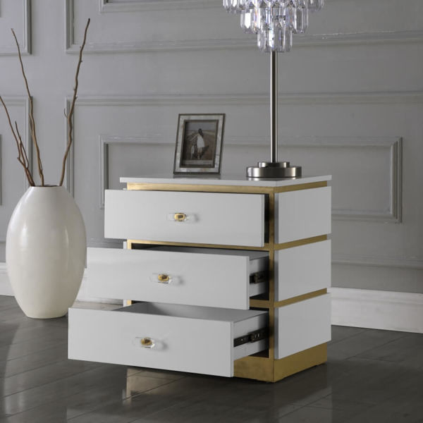 Picture of ESME END TABLE - 825
