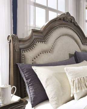 Picture of CHATEAU QUEEN BED - B803